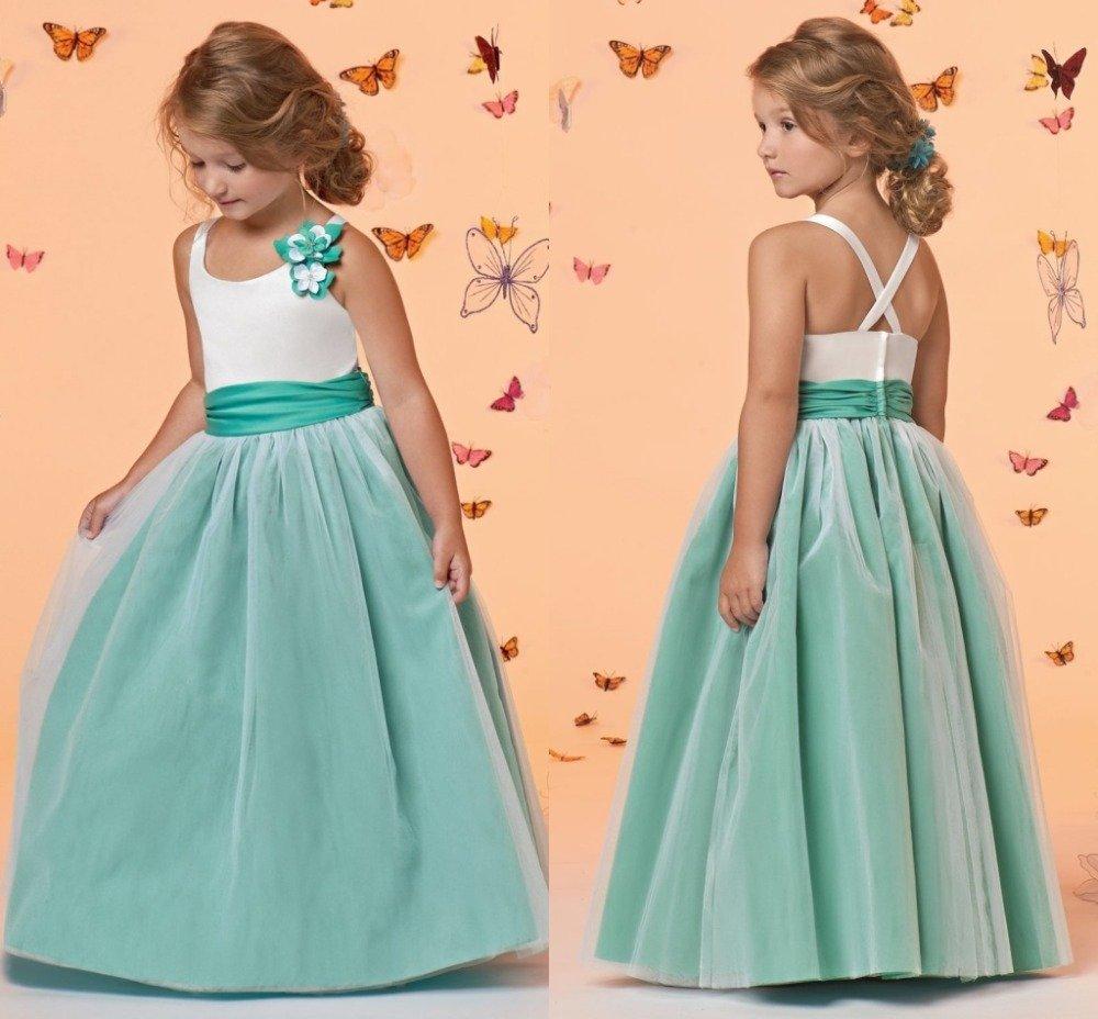 Платье для девочки из атласа своими руками 47