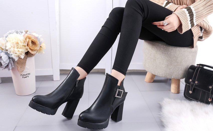 Тенденції моди на взуття 2018 року осінь-зима – фото жіночого ... b30519fd958a0