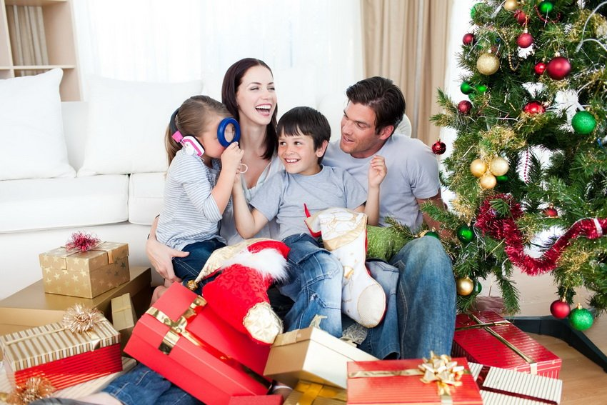 975b2934ab2fff Що можна подарувати дитині на Новий рік 2018 – ідеї новорічних ...